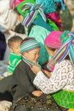 Gente de la minoría étnica de la madre y del hijo Fotografía de archivo libre de regalías