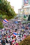 Gente de la protesta de Tailandia contra la corrupción gubernamental. Fotografía de archivo