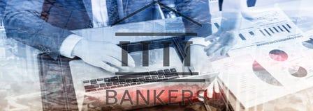 Gente del hombre de negocios de los banqueros en fondo abstracto Pluma, lentes y gráficos ilustración del vector