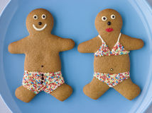 Gente del pan de jengibre con traje de baño del caramelo de azúcar Imagen de archivo