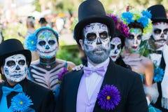 Gente desconocida en el décimo quinto día anual el festival muerto Foto de archivo libre de regalías