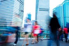 Gente di affari che scorre veloce sulla via Immagine Stock Libera da Diritti