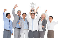 Gente di affari che tiene tazza ed incoraggiare Fotografia Stock Libera da Diritti