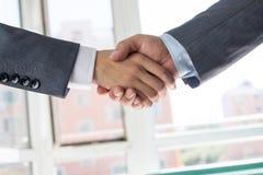 Gente di affari di handshake Immagine Stock Libera da Diritti