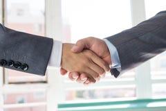 Gente di affari di handshake Fotografie Stock
