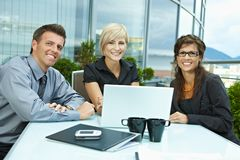 Gente di affari di riunione esterna Fotografie Stock