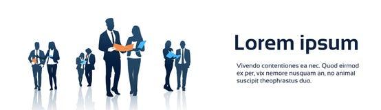 Gente di affari di Team Crowd Silhouette Businesspeople Group delle cartelle documenti della tenuta Fotografia Stock