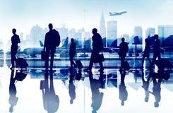 Gente di affari di viaggio di Aiport di concetto corporativo del passeggero immagine stock libera da diritti