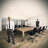 Gente di affari in un ufficio Immagini Stock