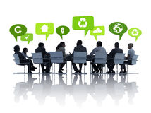 Gente di affari verde che ha una riunione Fotografia Stock Libera da Diritti