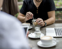 Gente diversa Hang Out Coffee Cafe Friendship Foto de archivo