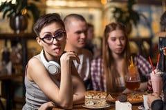 Gente diversa Hang Out Pub Friendship Fotografía de archivo libre de regalías