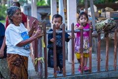 Gente durante la celebración de Nyepi - día del Balinese del silencio Imagen de archivo