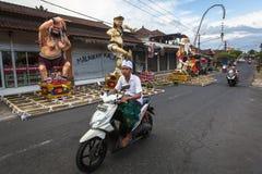 Gente durante la celebración de Nyepi - día del Balinese del silencio Fotografía de archivo libre de regalías