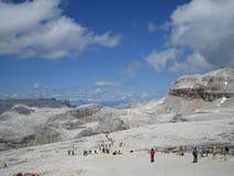 Gente en alta montaña Imagen de archivo libre de regalías
