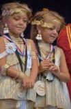 Gente en el desfile de los gemelos imagen de archivo libre de regalías