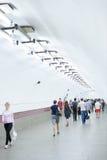 Gente en el metro de St Petersburg Fotos de archivo
