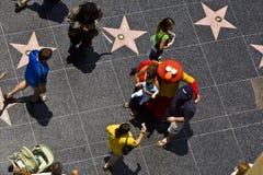 Gente en el paseo de la fama imagen de archivo libre de regalías