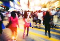 Gente en Hong Kong Cross Walking Concept imagen de archivo libre de regalías