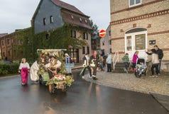 Gente en la procesión de los granjeros para recordar el revoluti del granjero Fotos de archivo