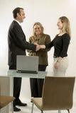 Gente en la reunión de negocios Foto de archivo libre de regalías