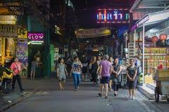 Gente en las calles de Bangkok Fotos de archivo libres de regalías