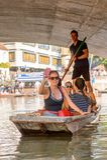 Gente en los canales de Cambridge, Inglaterra, Reino Unido Imágenes de archivo libres de regalías