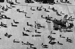 Gente en Madrid foto de archivo