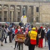 Gente en protesta en Bogotá, Colombia Fotografía de archivo libre de regalías