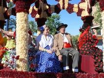 Gente en trajes andaluces tradicionales Imagen de archivo