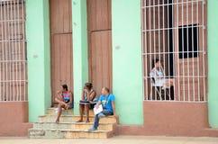 Gente en Trinidad, Cuba Foto de archivo