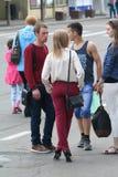 Gente en un holida de la ciudad Imagen de archivo libre de regalías