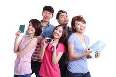 Gente felice di viaggio in gruppo fotografia stock libera da diritti