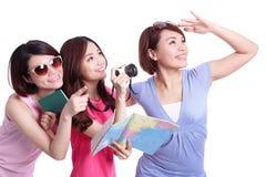 Gente felice di viaggio in gruppo Immagini Stock Libere da Diritti