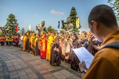 Gente fiel grande de Buda Foto de archivo
