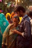 Gente india feliz en la feria Imagen de archivo libre de regalías