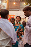 Gente india feliz en la feria Fotografía de archivo libre de regalías