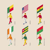 Gente isométrica con las banderas: Benin, Liberia, Ghana, Costa de Marfil Foto de archivo