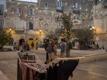 Gente italiana nella via in Italia del sud Fotografie Stock Libere da Diritti