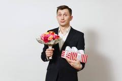 Gente joven europea hermosa en un fondo blanco Emociones, concepto de familia Fotografía de archivo libre de regalías