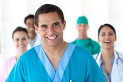 Gente médica que muestra diversidad Imágenes de archivo libres de regalías