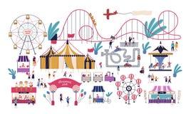 Gente minúscula en parque de atracciones con las diversas atracciones, los paseos, la tienda de circo, la pista del kart, las par libre illustration