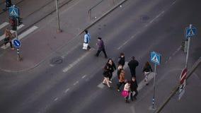 Gente que cruza el camino en la cebra, Tallin metrajes