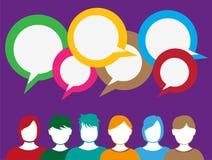 Gente que habla compartiendo ideas Imagenes de archivo