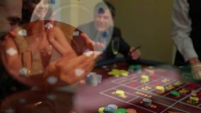 Gente que juega el póker en Las Vegas almacen de metraje de vídeo