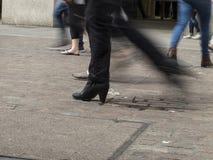 Gente que recorre Foto de archivo libre de regalías