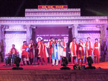 Gente que se realiza durante el festival de música indio del sur en Hamp Foto de archivo libre de regalías