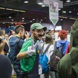 Gente que visita en la semana 2014 de los juegos en Milán, Italia imagen de archivo libre de regalías