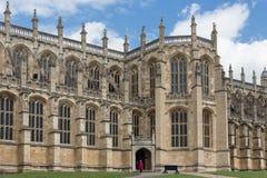 Gente que visita a Windsor Castle, reina de la casa de campo de Inglaterra Fotografía de archivo