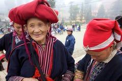 Gente rossa di minoranza di Dao Ehtnic del Vietnam Fotografia Stock